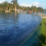 Individualizuota akrilo panelė, skirta plaukioti nardymo baseine
